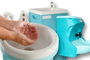 Teal portable sinks at Azerbaijan healthcare exhibition