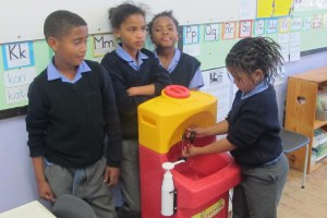 Portable hand washing sinks for children in Africa