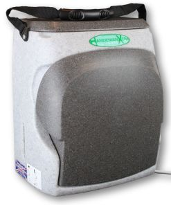 The HandeMan Xtra 230V hand wash unit can be closed when not in use