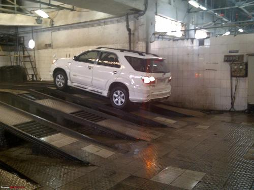 small resolution of obelix the invincible toyota fortuner 2 00 000 km and going strong