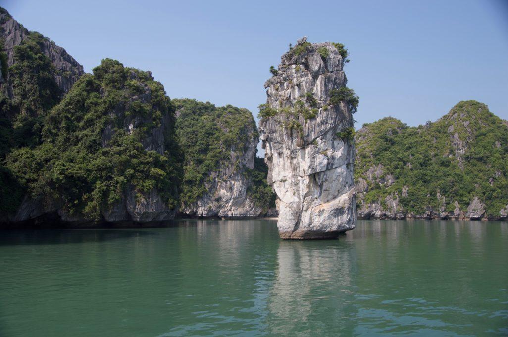 Pic Karstic Baie Lan Ha