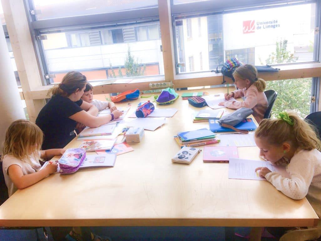Bibliothèque début instruction en famille