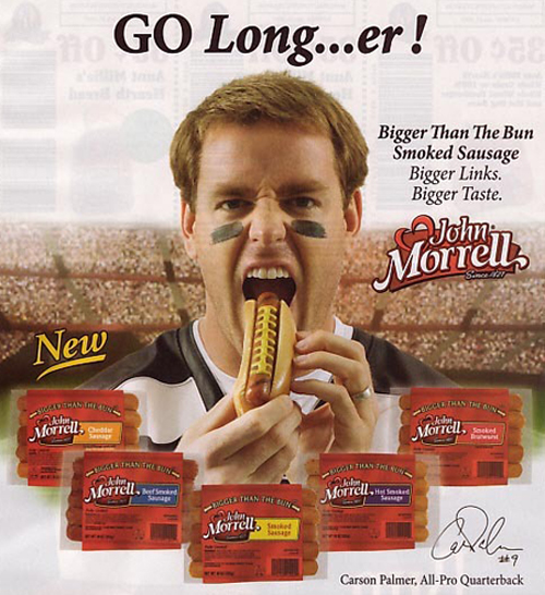 Tom Brady Hot Dog, Tom Brady print ad, commercial, New England Patriots, funny commercials, funny ads, random subliminal messages funny pictures funny people worst family photos bad family awkward family photos random humor college humor photobombs weird people worst bad tattoos strange that's what she said wtf epic fails crazy people strange bizarre people of walmart