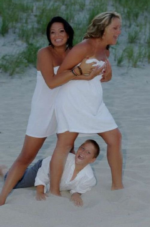 Beach Portrait Funny Family Portraits Worst Photos Pictures Pics Ellen Bad