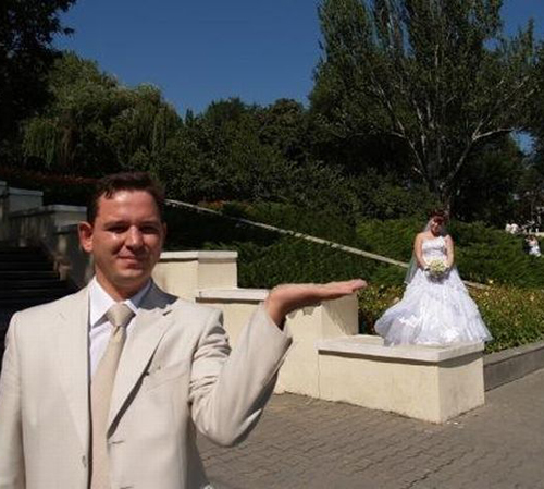 Most Ugly Wedding Dresses: Funny Wedding Photos: 15 Bad I Do Disasters!