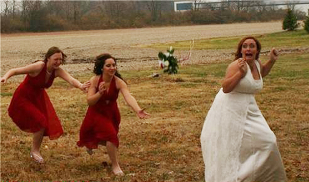 Funny Wedding Pictures: 15 of the Ceremonial Worst | Team ...