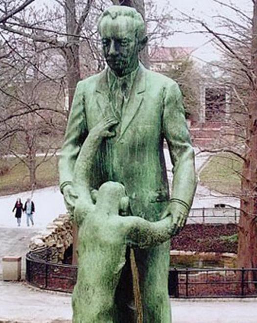 Monkey BJ Funny Statues Weird Statues Bizarre Sexual Strange Statues Awkward Crazy Art