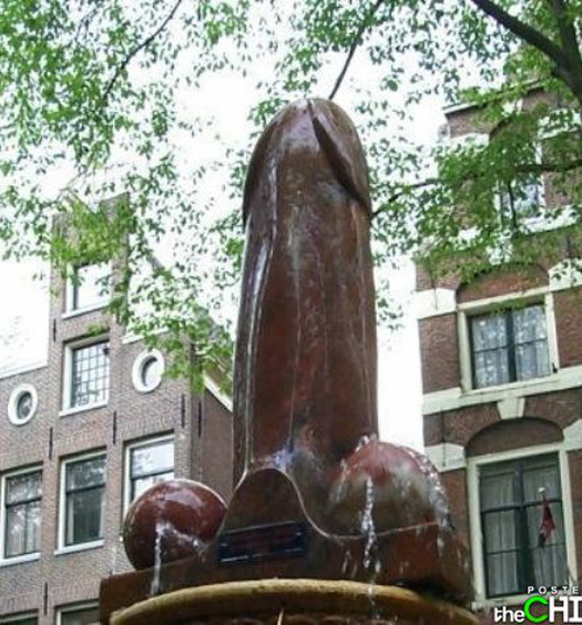 Penis statue Funny Statues Weird Statues Bizarre Sexual Strange Statues Awkward Crazy Art