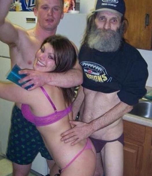 Funny Awkward Family Photos. Strange & Crazy