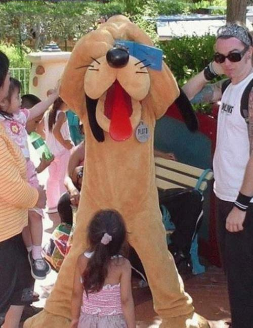 The Day Climaxes at Disney ~ 38 Awkwardly Funny Family Vacation Photos