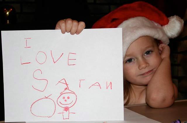 I Love Satan Letter ~ 27 Funny & Creepy Family Christmas Photos