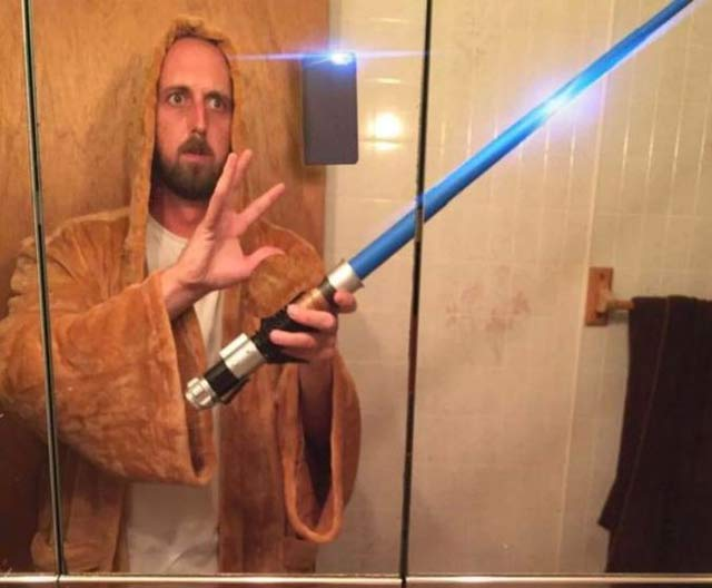 Obi Wan Bathrobe Selphie ~ 16 Funny Family Photos