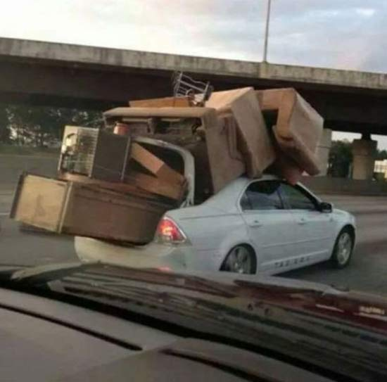 Reneck Moving Day ~ 16 Funny Family Photos