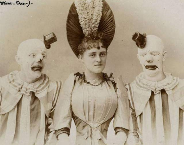 Vintage Creepy Clowns and Woman ~ 25 Scary Photos