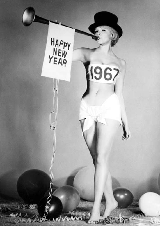 Vintage 1967 Happy New Year Pin Up