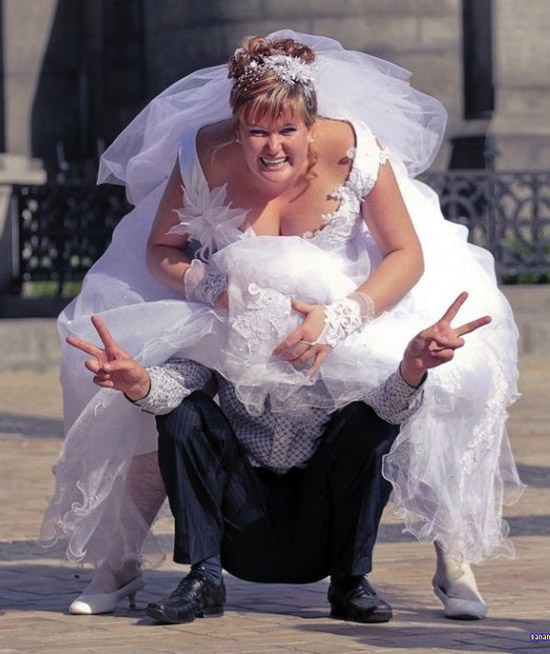 Funny Wedding Pictures: 14 Here Comes The Crazy