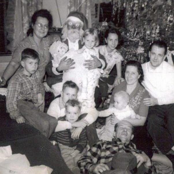 Creepy Santas ~ Awkward Funny Sitting On Santa's Lap Pictures