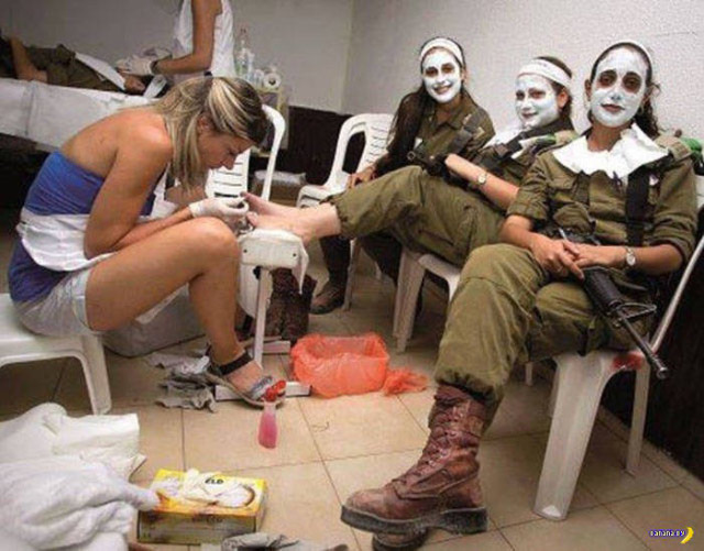 31 funny pics & Memes ~ soldiers getting facials and nails did
