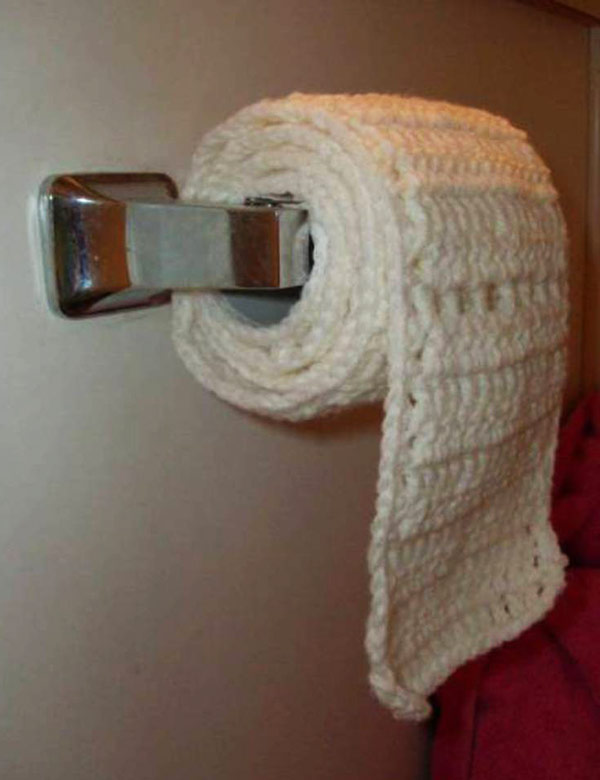 33 Funny Picturess ~ crocheted toilet paper