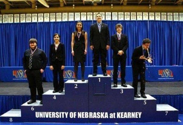 35 Funny Pics ~ University of Nebraska at Kearney awards podium, puke