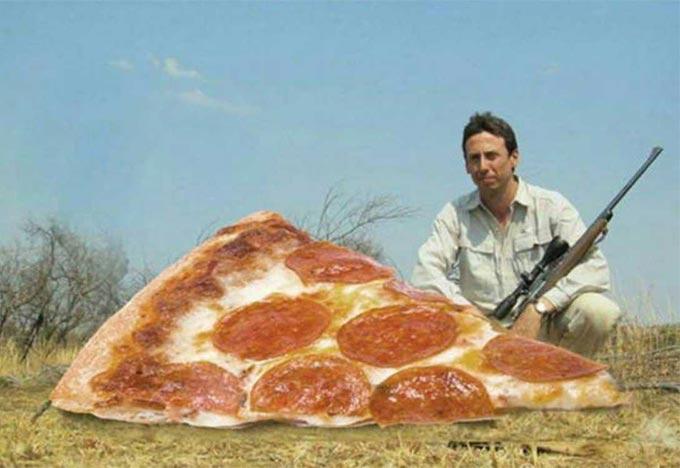 35 Funny Pics ~ big game pizza hunter kill
