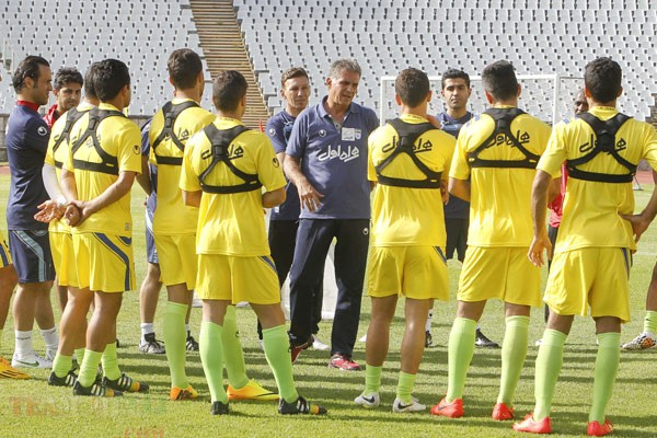 Queiroz coaching Team Melli in Lisbon 2014