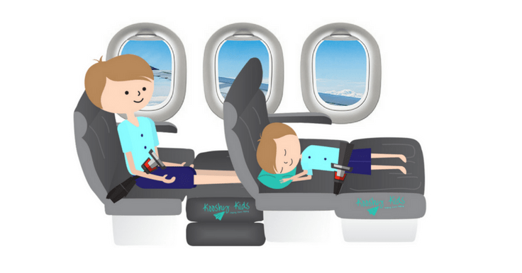 This inflatable toddler travel bed for the airplane is a TOTAL GAME CHANGER