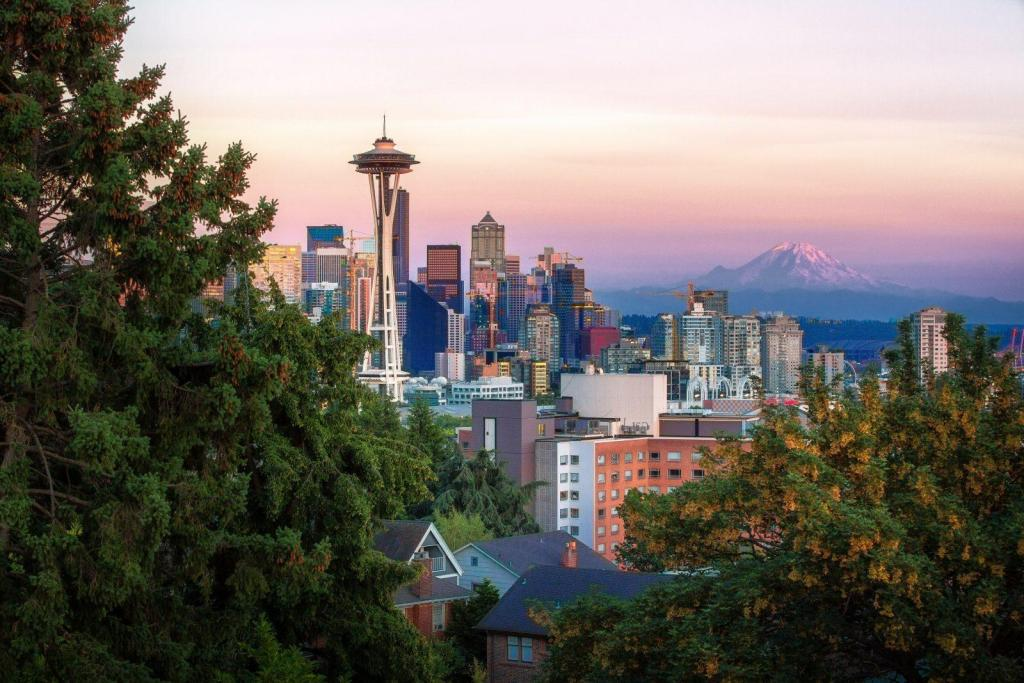 Family Vacation Destinations: Seattle