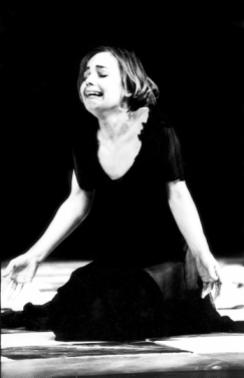 Prizor iz predstave 'Radni naslov Nacija' u režiji Paola Magellija