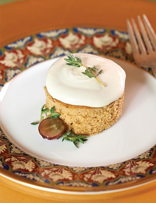 Spice Cakes with Lemon Cream