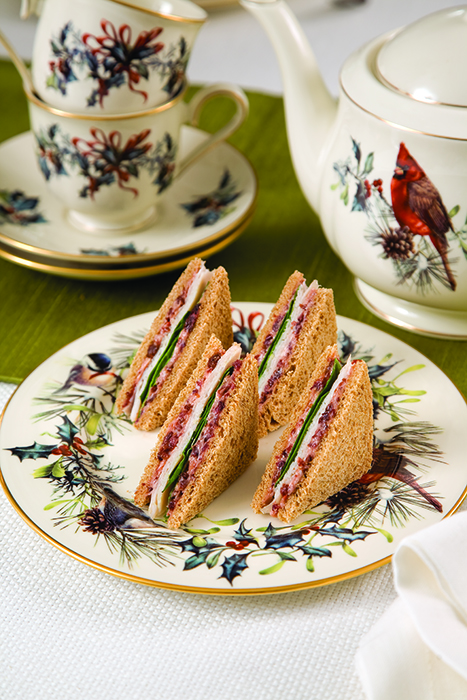Smoked-Turkey-And-Cranberry-Cream-Sandwich
