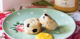 Blueberry–Sour Cream Scones