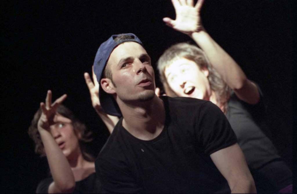Do not bother me Teatracció