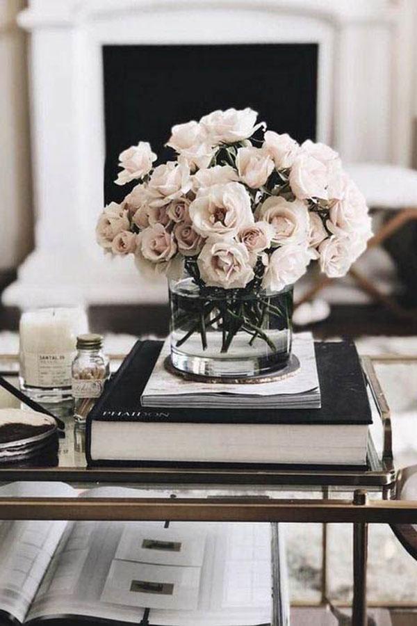 Stunning Coffee Table Arrangment