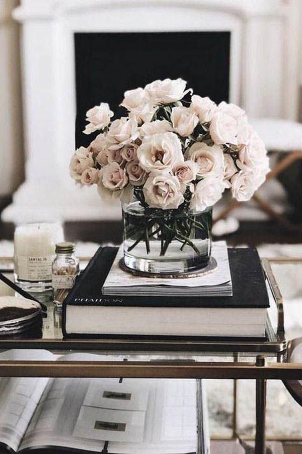 Stunning Coffee Table Arrangment