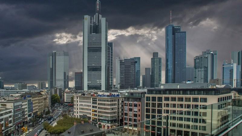 WIRTSCHAFTSHISTORIKER ADAM TOOZE WARNT VOR SCHLIMMER WIRTSCHAFTSKRISE UND DEM ABSTIEG EUROPAS
