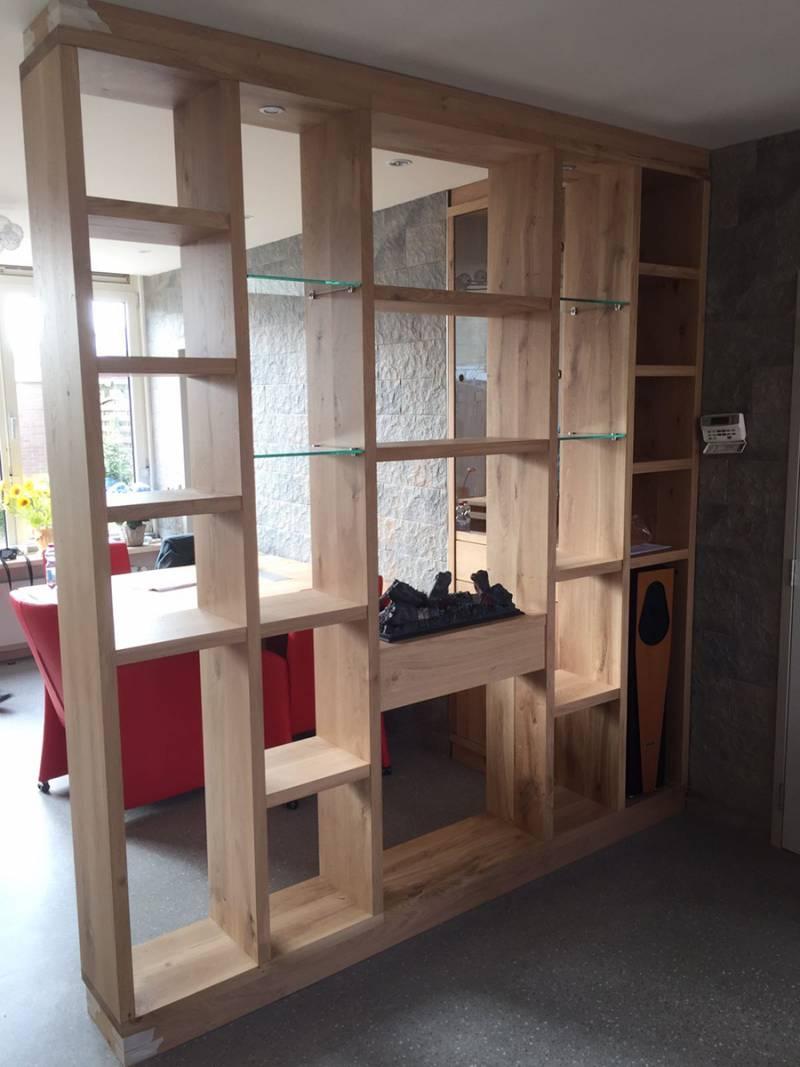 Eettafel inbouwkast roomdivider eikenhout haard glas  Te