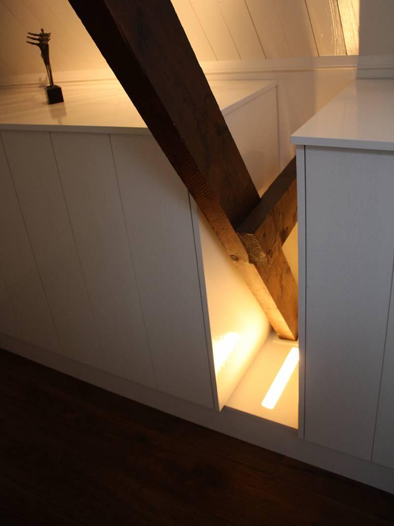 Inbouwkast kledingkast zolder LED verlichting RAL  Te