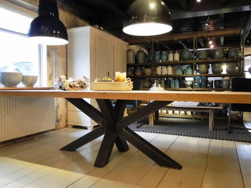 Moderne eettafel onderstel zwart staal  Te Boveldt