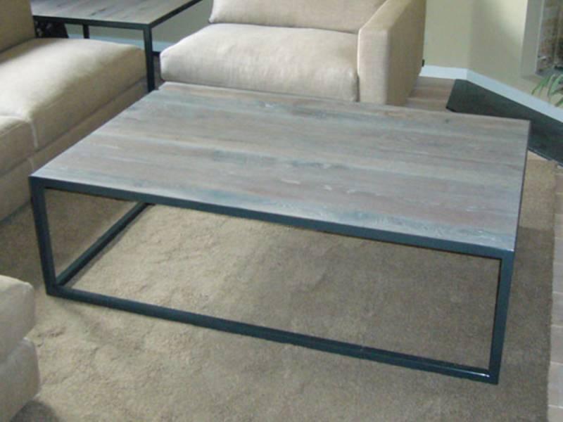 Salontafel eikenhout gepoedercoat staal frame  Te Boveldt