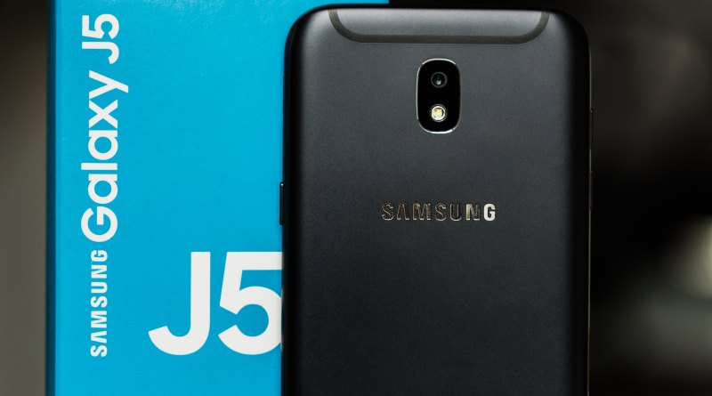 Galaxy J5 Prime vs Moto G5S