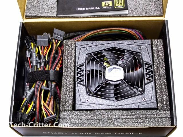 Unboxing & Overview: FSP Aurum 600W and Aurum CM 650W 73