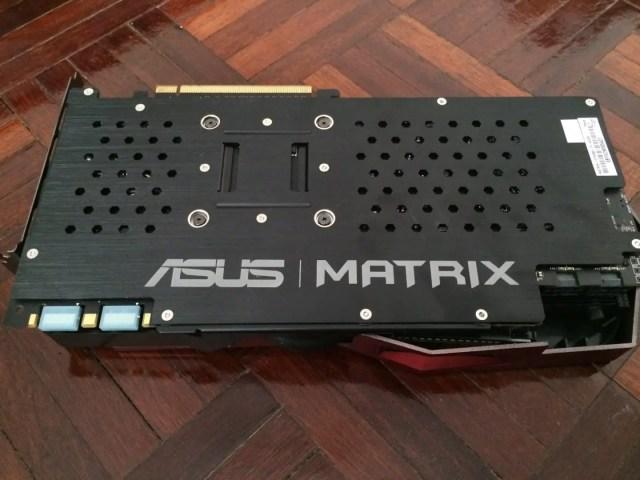 Unboxing & Review: ASUS ROG GTX 980 Matrix Platinum 56