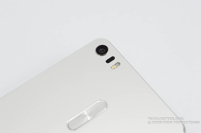 Unboxing & Review: ASUS ZenFone 3 Ultra 17