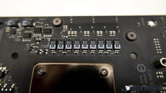 Gigabyte Z490i AORUS Ultra 33