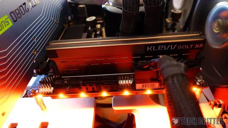 KLEVV BOLT XR Pictured