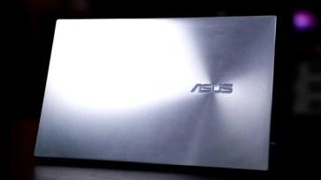 ASUS ZenBook 14 UX425EA Tiger Lake 3