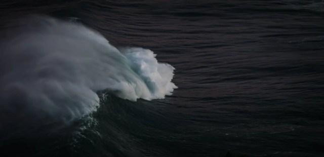 wave max mckinnon tIgtXoWyOhE unsplash