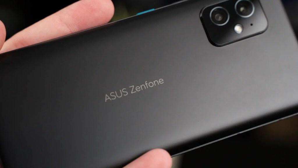 ASUS Zenfone 8 2