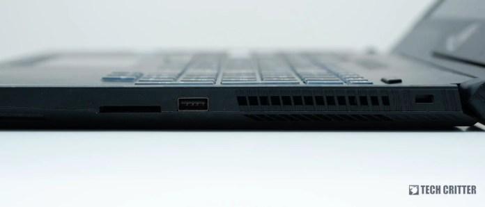 Review: ASUS ROG Strix SCAR II GL504VS Gaming Notebook 3